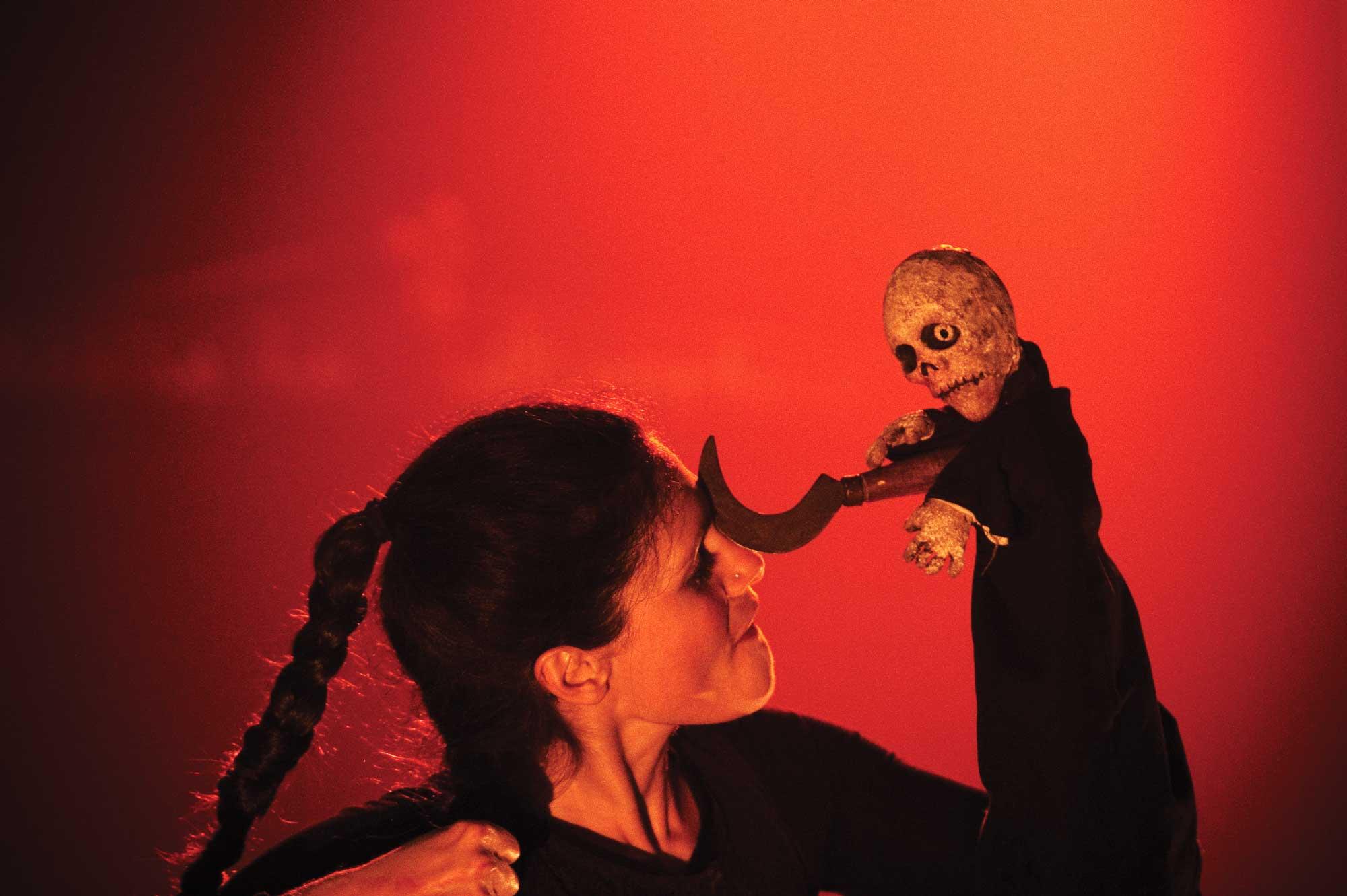Theatre-de-Givors_Tria-Fata_(c)Virginie-Meigne